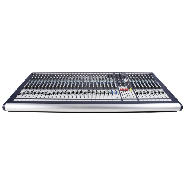 Микшерный пульт  Soundcraft GB2 32 CH